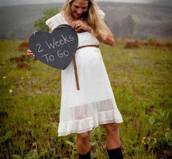 Preggy Shoot on the farm with Linda & Dawie