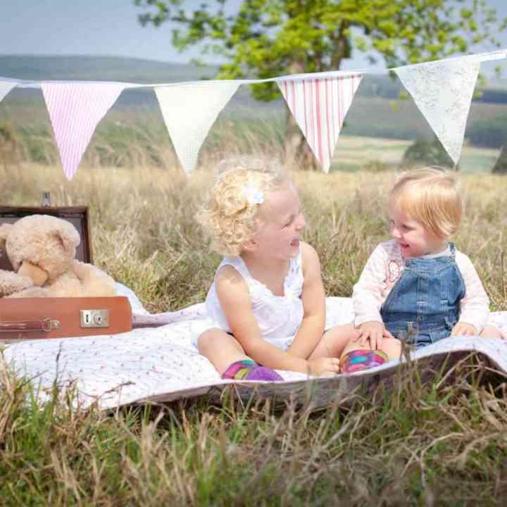 Megan & Pipa - Child Photography
